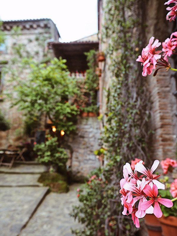 Dettagli a Civita