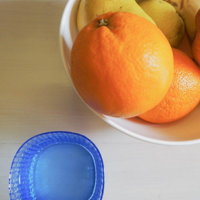 Acqua e frutta idratazione della pelle