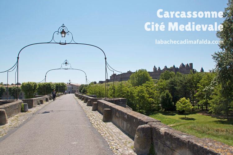 Vista delle Torri di Carcassonne dal Ponte Vecchio.