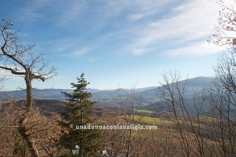La vista dalla Pietra di Bismantova, nel nostro Appennino tosco-emiliano.