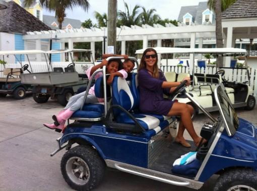 Giorgia ed i suoi due bambini ad Harbour Island