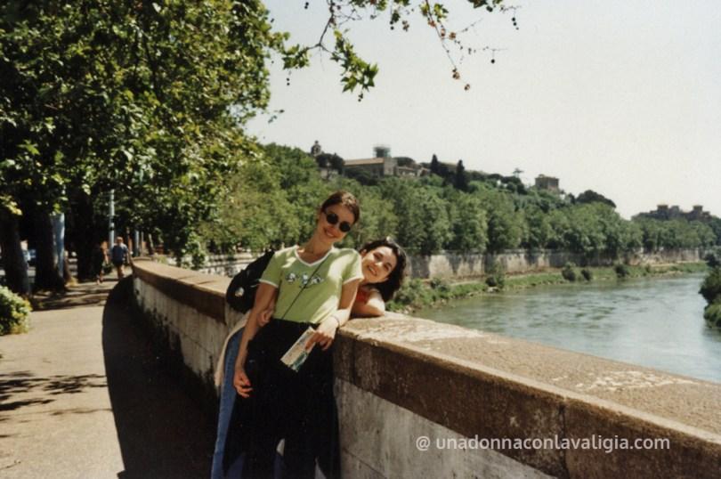 Roma su un bel lungotevere vintage