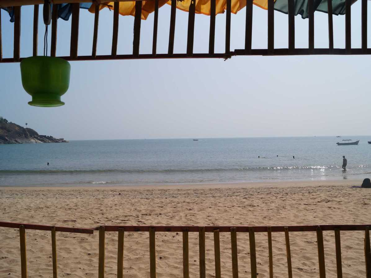 What are the stay options when visiting Gokarna?