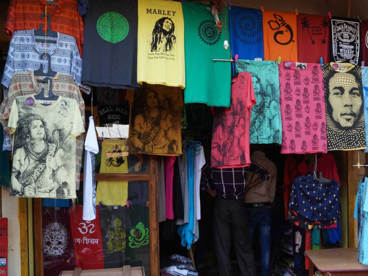 Which are the popular destinations on the hippie trail of India?