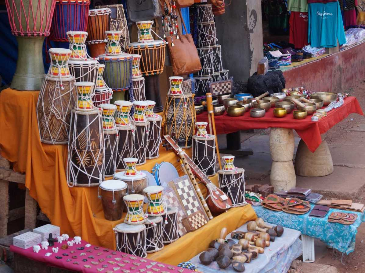 What are the must buy souvenirs when backpacking Gokarna?