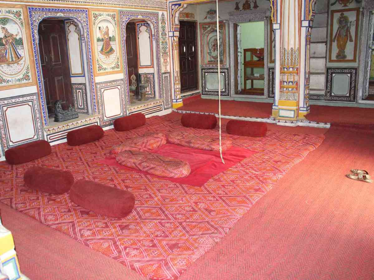 What was the merchant culture of Nawalgarh like?