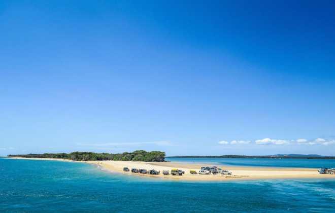 Traversée en ferry pour Fraser Island