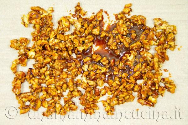 Semifreddo alle noci caramellate Noci - Ricetta di unamammaincucina.it