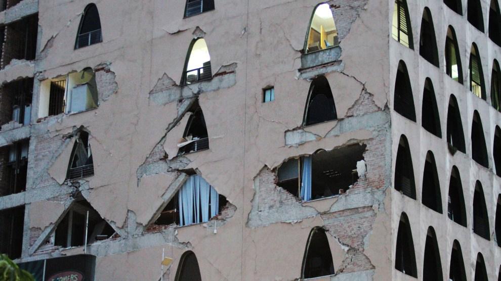 70919561. México, 19 Sep. 2017 (Notimex-Alejandra Rodríguez).- El sismo de 7.1 grados Richter que azotó la Ciudad de México provocó diversos daños.  NOTIMEX/FOTO/ALEJANDRA RODRIGUEZ/ARM/DIS/SISMO17