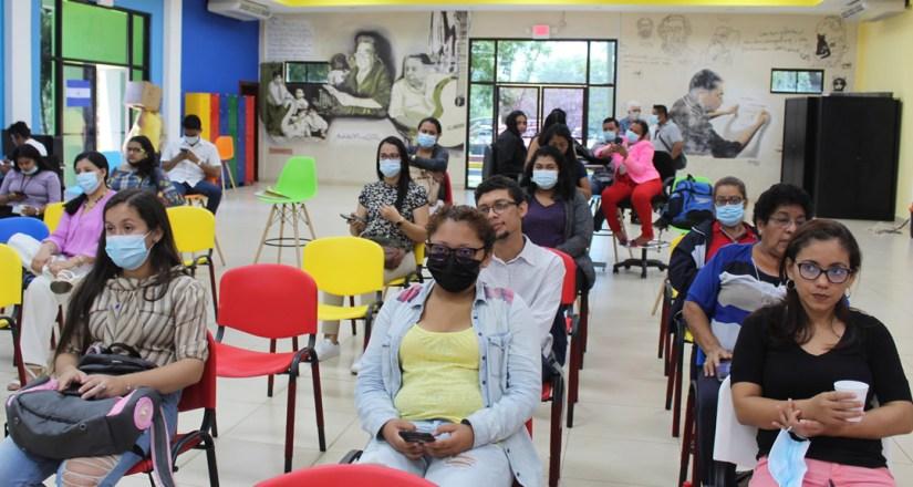 Participantes de la cumbre en el Centro Nacional de Innovación Abierta.