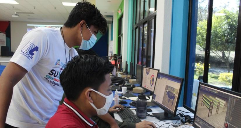 Estudiantes de UNAN-Managua y UNAN-León hacen presentación de propuesta innovadora.