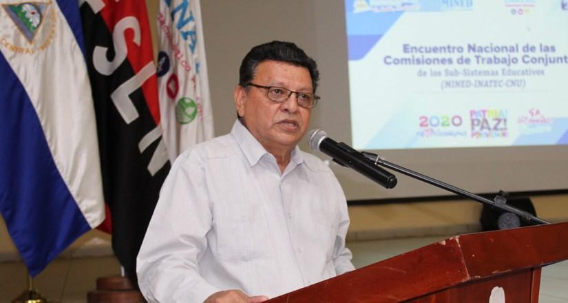 MSc. Jaime López Lowery, Vicerrector General de la UNAN-Managua durante su intervención.
