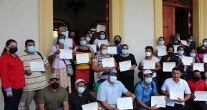 Emprendedores de Masaya, Granada y Carazo reciben certificados del Programa Nicaragua Emprende