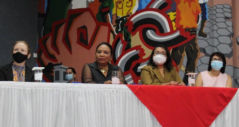 UNAN-Managua participa en XXXV Encuentro de Bibliotecas Universitarias