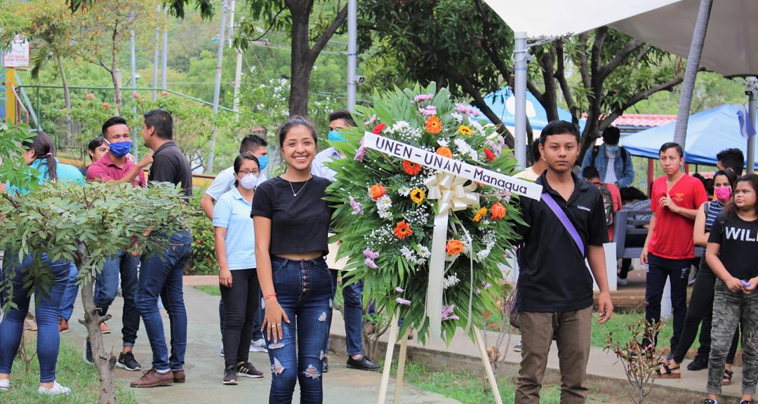 Comunidad universitaria rinde homenaje a Marlon Zelaya portada