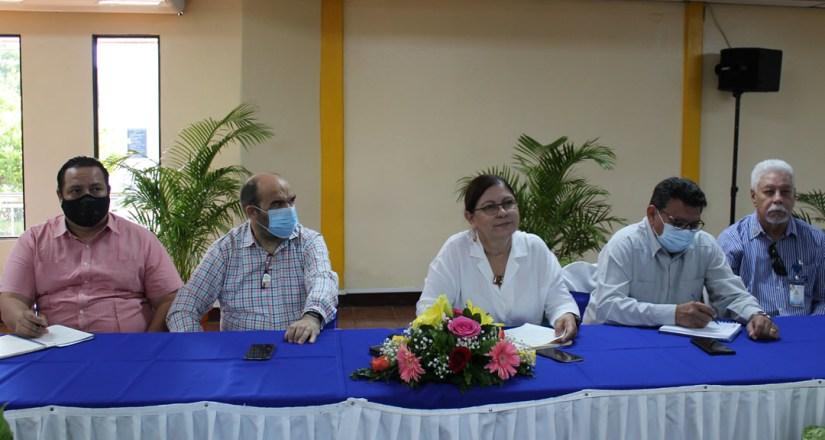 UNAN-Managua y Gobiernos de la Costa Caribe fortalecerán programas de formación profesional