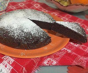 TORTA FONDENTE SENZA BURRO E LATTE (senza glutine e lievito)