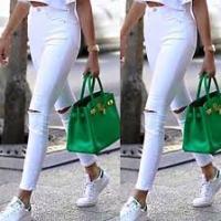 Pantalone bianco: 5 idee per abbinarlo