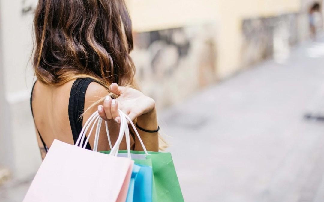 Shopping: piccoli trucchi per risparmiare sugli acquisti