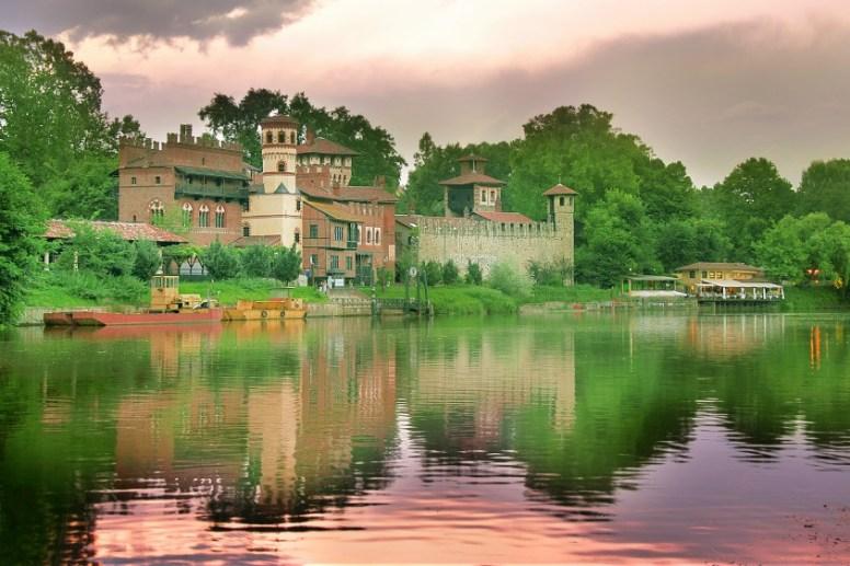 Sitios que no son lo que parecen, borgo Turín