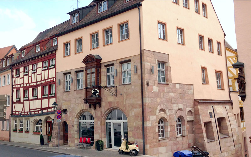 Viajar a Núremberg, Hotel Elch