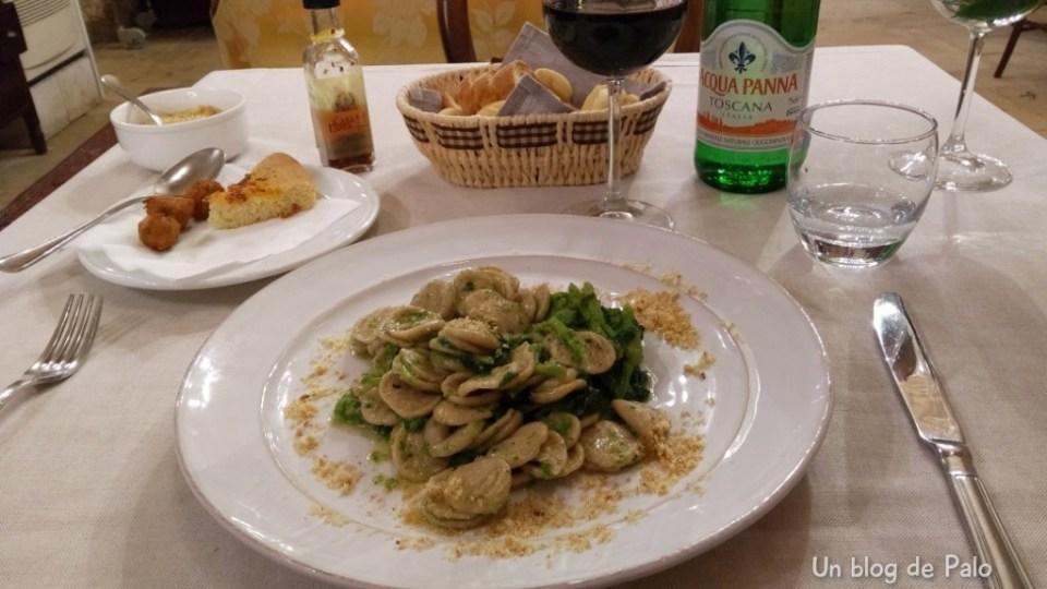 Gastronomía en Puglia, orecchiette con cima di rapa