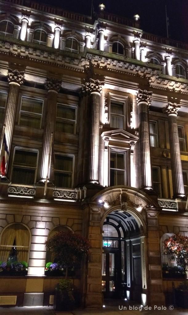 Fachada principal del hotel The Principal George Street