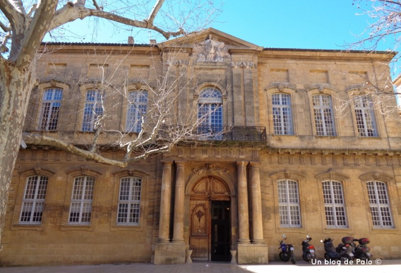 Fachada de la Universidad de Derecho Aix en Provence