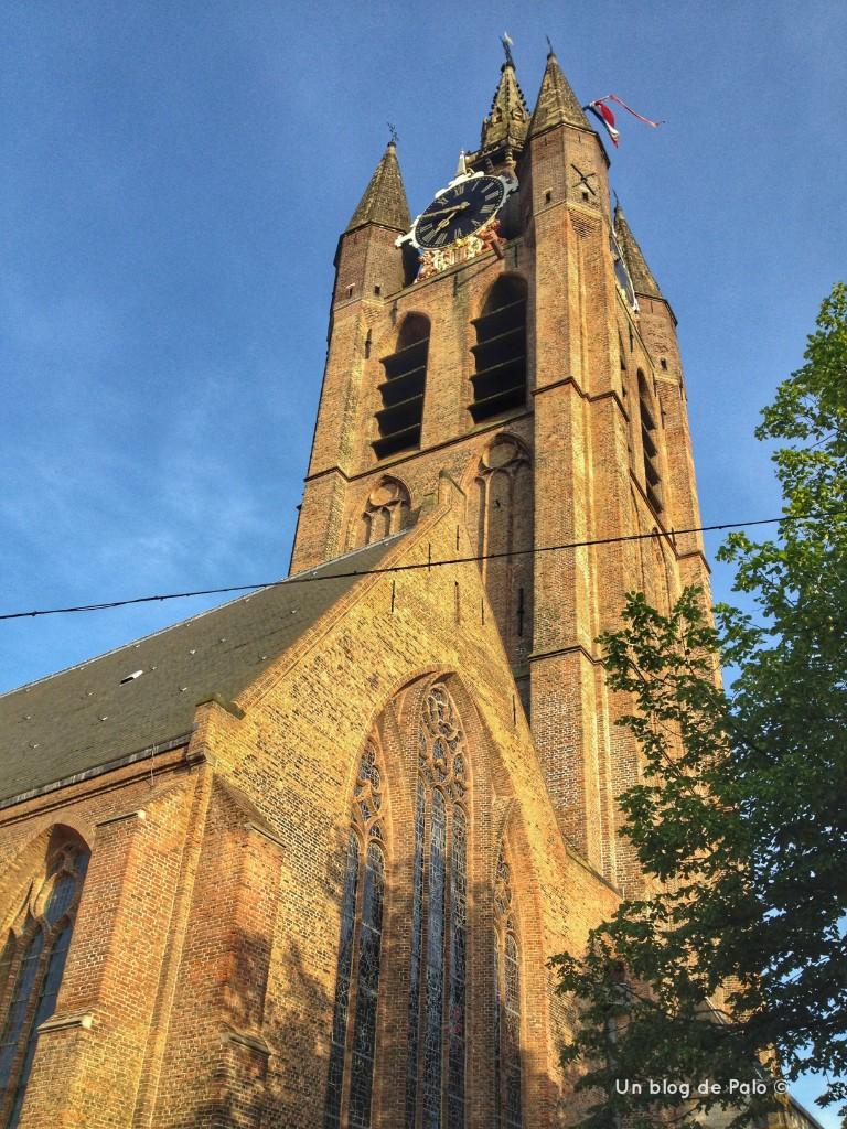 La torre cuadrada de la Iglesia Nueva