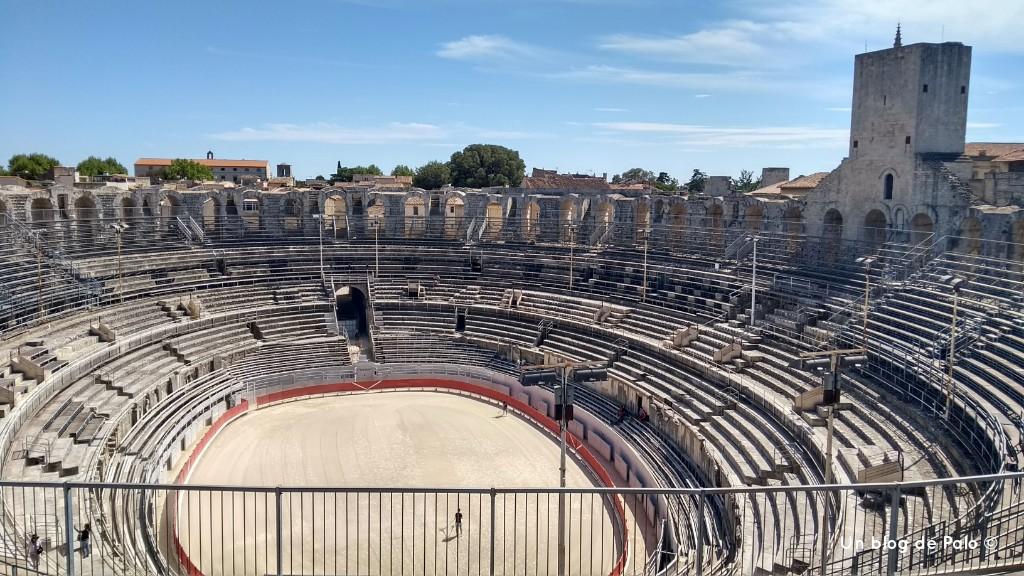 Interior del anfiteatro de Arlés