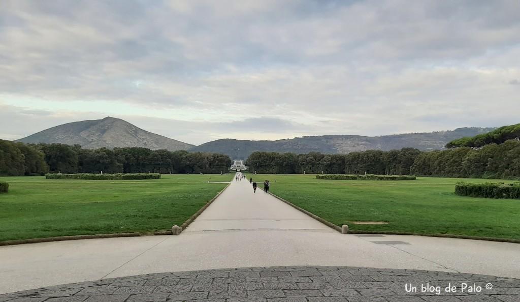 Vista panorámica de los jardines y el parque