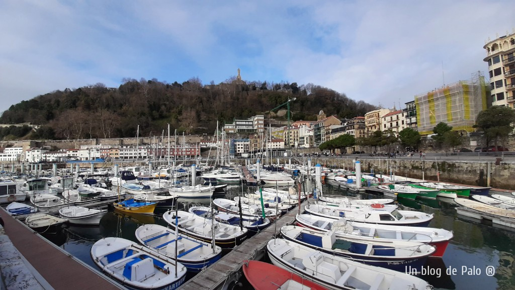 La zona de puerto en la Parte Vieja de San Sebastián