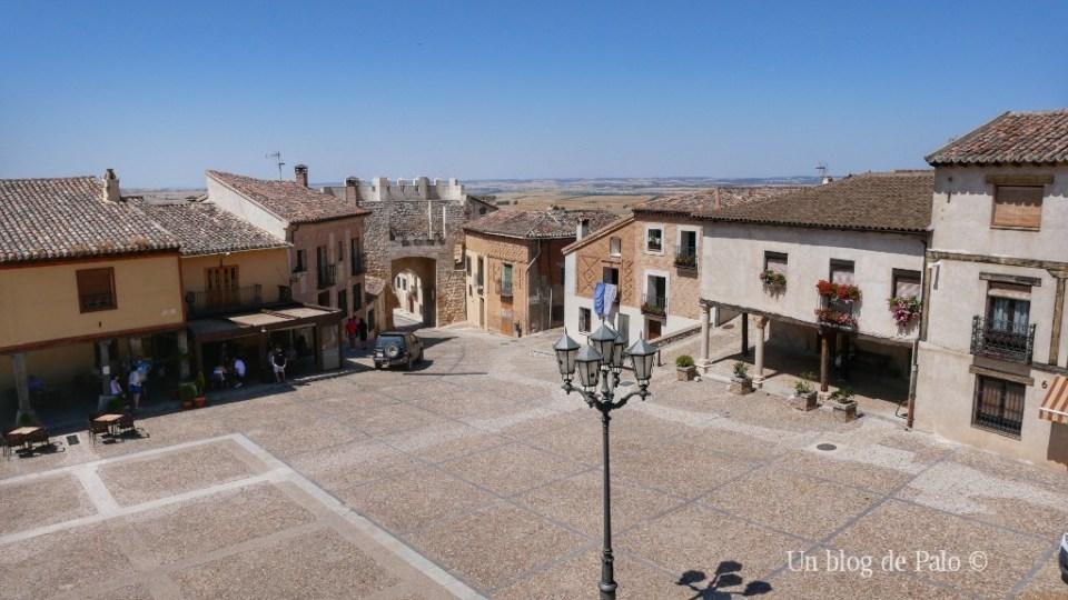 Plaza medieval de Hita