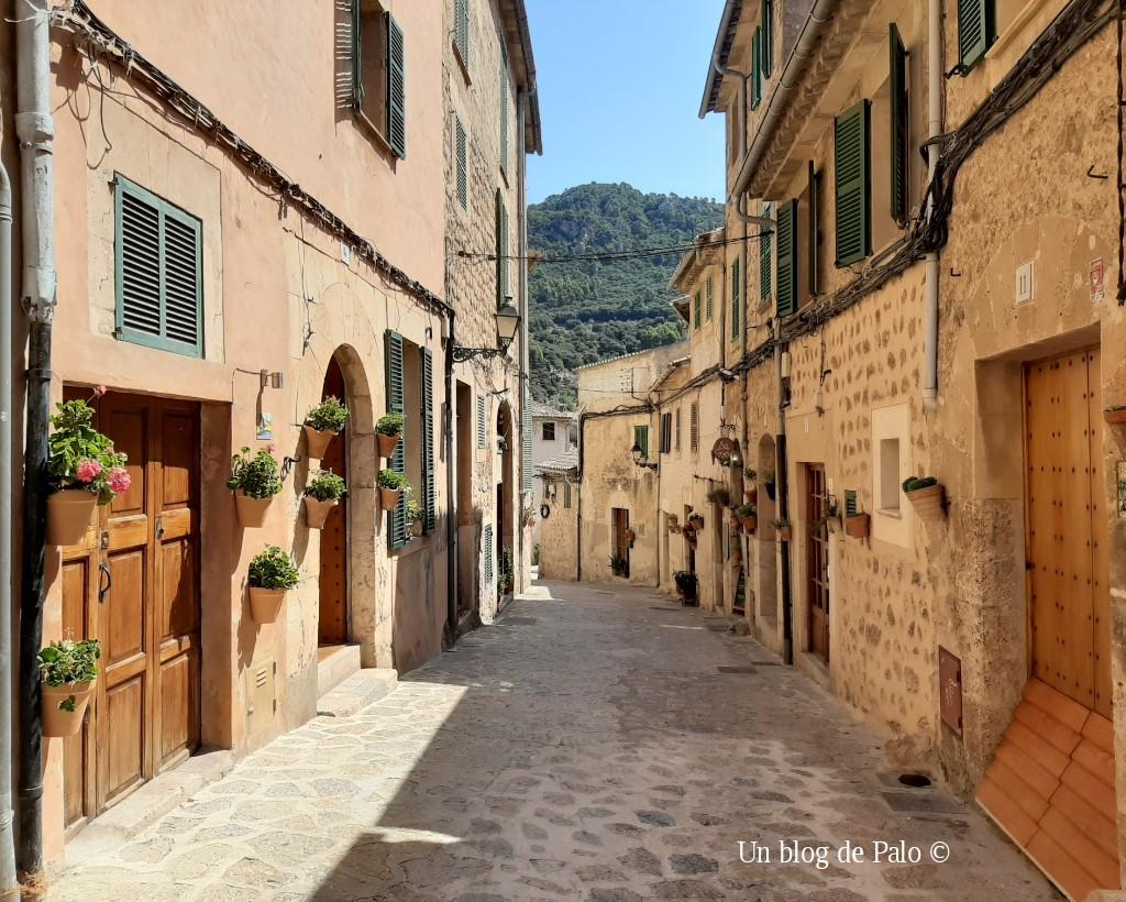 Las preciosas calles de Valldemossa