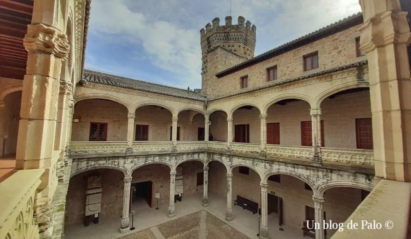 Interior del castillo de Manzanares