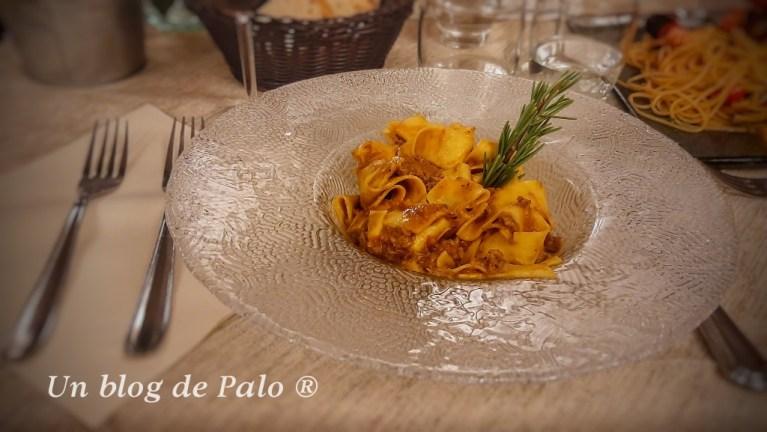 Pappardelle con ragú en Volterra