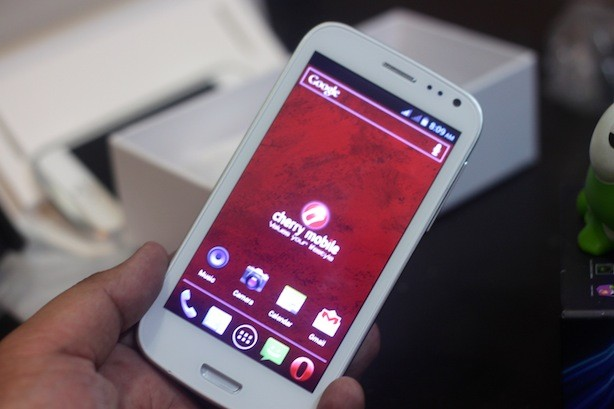 Very similar to the look of the Galaxy S3 because of the design as well as the materials