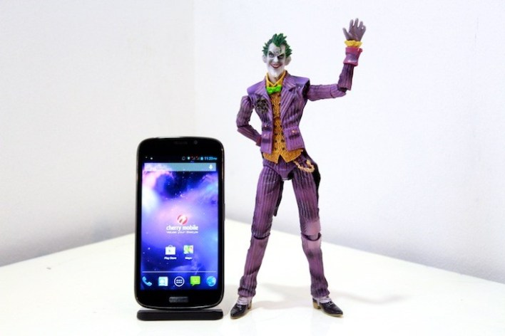 Helping us out for this review is... the Joker! Yahoo!