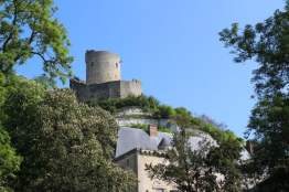 vue chateau de la Roche-Guyon
