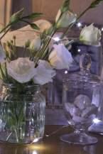 Lisianthus blancs pour décorer la chambre à coucher