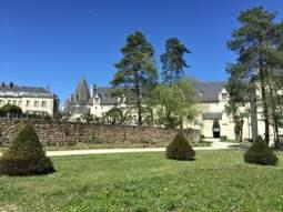 vue sur l'aile sud de l'abbaye de Fontevraud