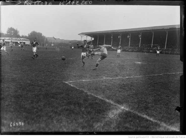 Bergeyre, 16/5/21, Red Star contre Olympique : [photographie de presse] / [Agence Rol] - 1921