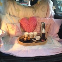 car-boot-snug-for-firework-night-create-a-cosy-snug-in-your-boot-to-watch-the-fireworks-from-afar