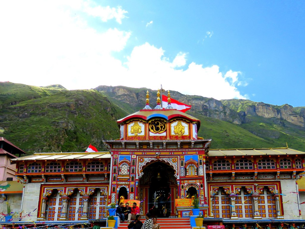 Badrinath Temple is believed to be the power source of the sacred Ganges River and therefore this place has a special place in the hearts of Hindu Pilgrims. Set in the midst of tough mountains and woods, Gangotri draws in just about 300,000 travellers every year. Each night towards 8 p.m., an aarti (adore with fire) is held at the temple.