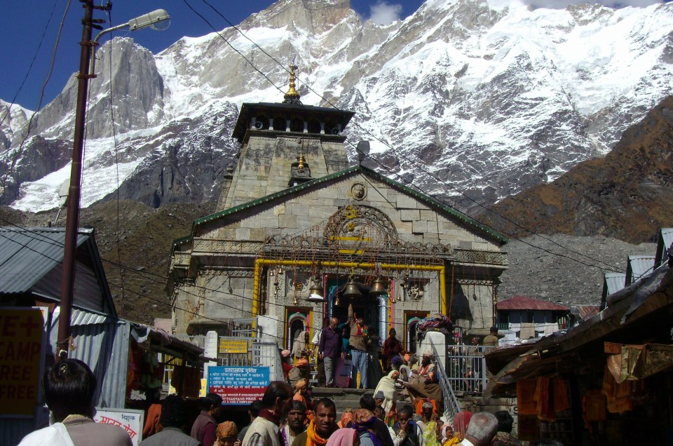 The essential guide on Char Dham Yatra; Kedarnath, Badrinath, Yamunotri and Gangotri. It is open at specific seasons from April to May.
