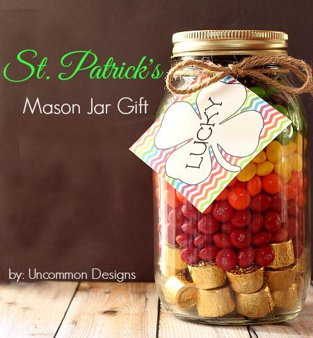 St. Patrick's mason jar gift with free printable