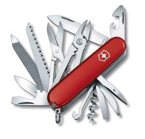couteau-suisse-pour-voyageurs