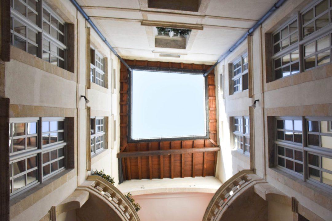 Palier Hotel de Font Froide à Nimes