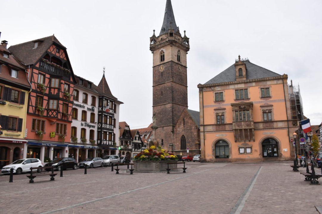 Place du marché Obernai en Alsace