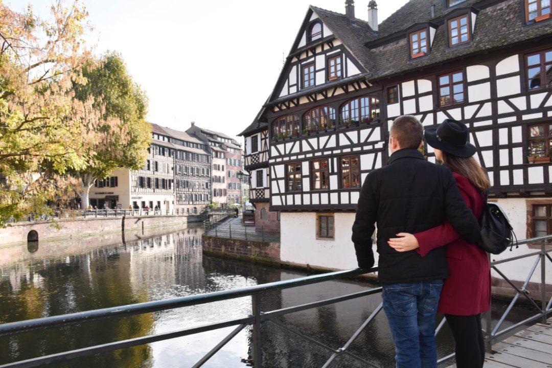 Quartier de la Petite France en amoureux à Strasbourg